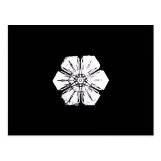 Carte Postale Flocon de neige noir et blanc qui ressemble à une