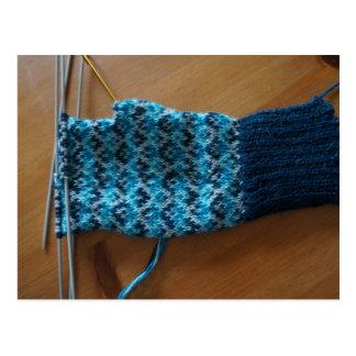 Carte Postale Gants justes de tricotage d'île