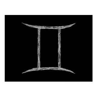 Carte Postale Gémeaux. Signe d'astrologie de zodiaque. Noir