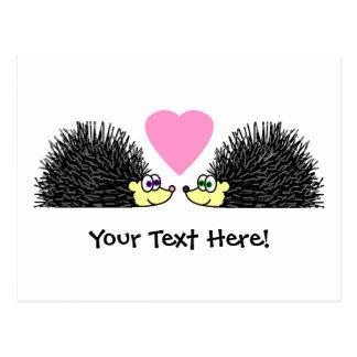 Carte Postale Hérissons mignons dans l'amour