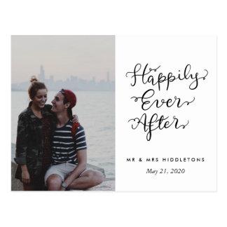 Carte Postale Heureusement pour toujours photo de mariage de