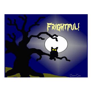 Carte Postale Hibou éffrayant dans l'arbre Halloween