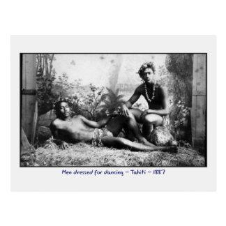 Carte Postale Hommes de Tahitian habillés pour la danse