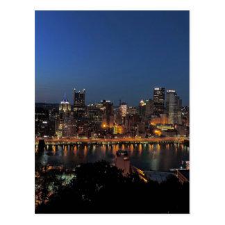 Carte Postale Horizon de Pittsburgh au crépuscule