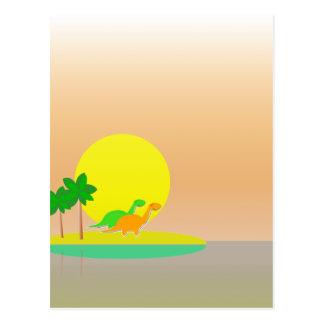 Carte Postale Île tropicale de coucher du soleil de dinosaures