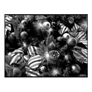 Carte Postale Image noire et blanche d'arbre de Noël