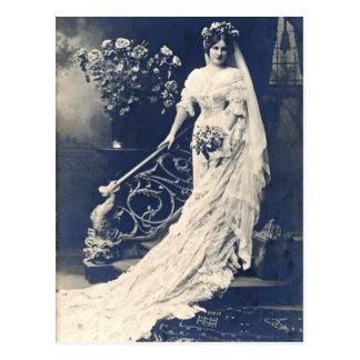 Carte Postale Jeune mariée victorienne