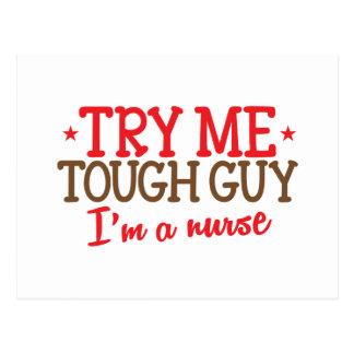 Carte Postale jugez-moi gars dur, je suis une infirmière
