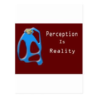 Carte Postale La perception de visage de singe est réalité