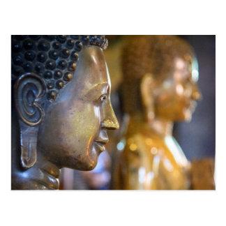 Carte Postale Le Cambodge, Phnom Penh. Statues de Bouddha
