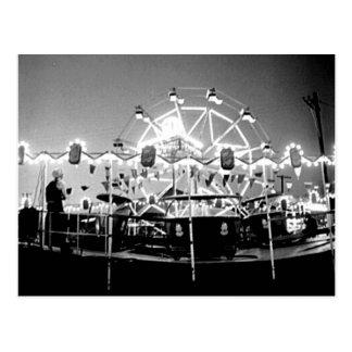 Carte Postale Le cirque Klamath vintage de tours de carnaval