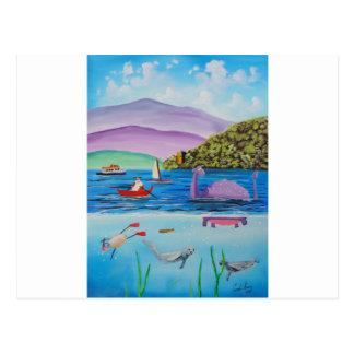 Carte Postale Le monstre de Loch Ness peignant Gordon Bruce