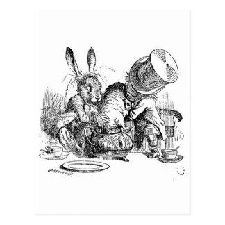 Carte Postale Les aventures d'Alice au pays des merveilles