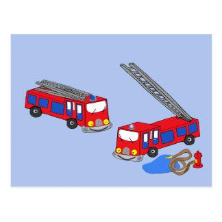 Carte Postale Les camions de pompiers rouges du pompier