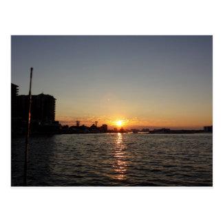 Carte Postale Lever de soleil de port