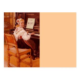 Carte Postale Lillanna pratiquant Mozart sur le piano
