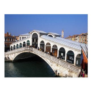 Carte Postale L'Italie, Vénétie, Venise, croisement de pont de