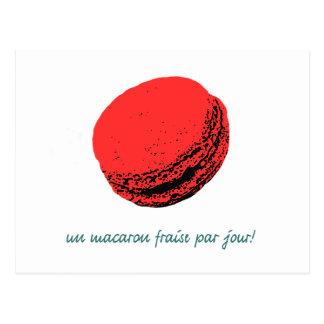 Carte Postale macaron de fraise
