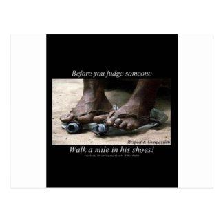 Carte Postale Marchent un mille dans des leurs chaussures