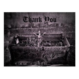 Carte Postale Merci gothique de cimetière