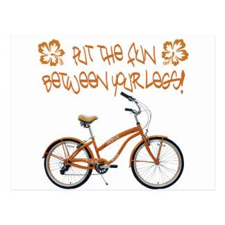 Carte Postale Mettez l'AMUSEMENT entre vos jambes - orange