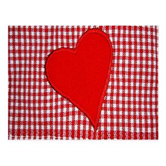 Carte Postale Motif rouge de plaid de coeur