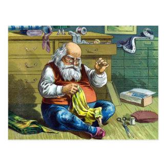 Carte Postale Noël vintage, le père noël faisant des poupées de