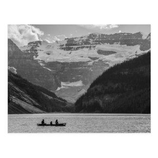 Carte postale noire et blanche de Lake Louise