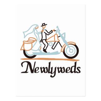 Carte Postale Nouveaux mariés sur la motocyclette