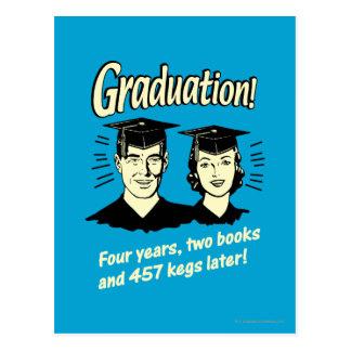 Carte Postale Obtention du diplôme : 4 ans, 2 livres