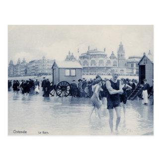 Carte Postale Ostende vintage baignant la scène, casino dans le