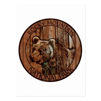 Carte Postale Ours en bois de parc national de montagne rocheuse