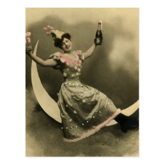 Carte Postale Pain grillé de Champagne sur un croissant de lune