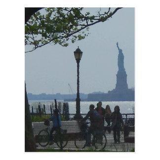 "Carte Postale ""Parc errant"" CricketDiane du fleuve Hudson"