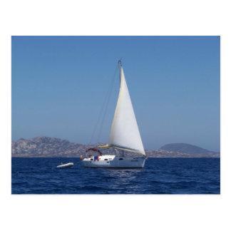Carte Postale Petit yacht sous Gênes