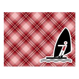 Carte Postale Planche à voile rouge de plaid