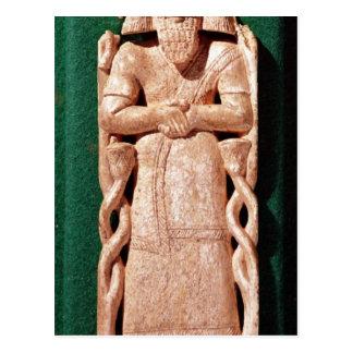 Carte Postale Plaquette en ivoire d'un dieu