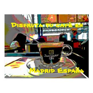 Carte Postale Prendre un café à Madrid Espagne