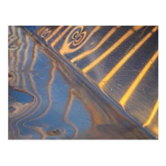 Carte Postale réflexion bleue, jaune et argentée abstraite en