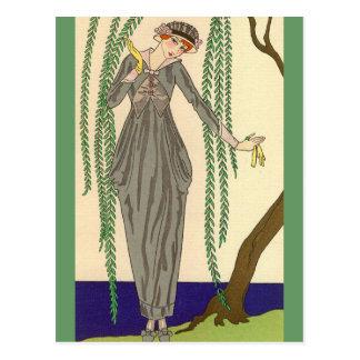 Carte Postale Robe grise George Barbier de taffetas