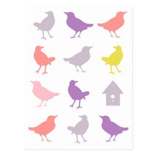 Carte Postale Rose et oiseaux en pastel pourpres avec la volière