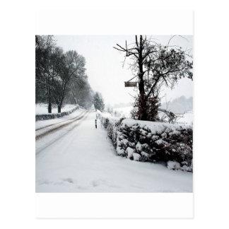 Carte Postale Route de campagne froide de scène d'hiver