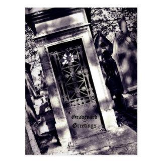 Carte Postale Salutations gothiques de cimetière de cimetière