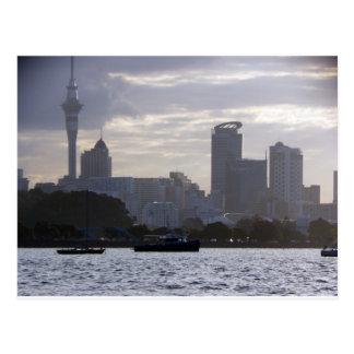 Carte Postale Skytower et paysage urbain
