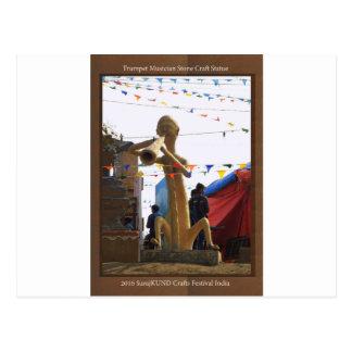 Carte Postale statue en pierre de métier des festivals de