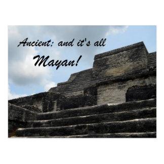 Carte Postale Temple maya antique d'un dieu soleil
