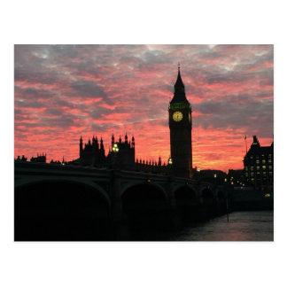 Carte Postale Tombée de la nuit à Londres