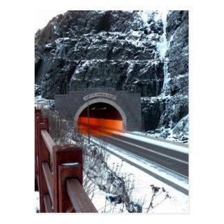 Carte Postale Tunnel argenté de crique