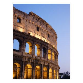 Carte Postale Une partie de Colosseum au crépuscule
