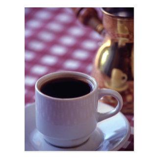 Carte Postale Une tasse de café arabe. La Syrie. Le milieu